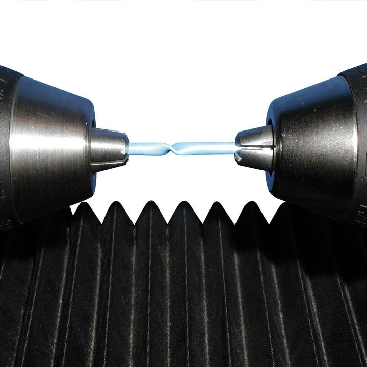 Torsion: Beim Torsionsversuch wird das elastische Verhalten und das Dämpfungsverhalten der Werkstoffe bei kleiner dynamischer Verdrehbeanspruchung und niedriger Frequenz untersucht.
